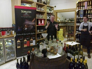 Our gracious hosts Alistair from Tomatin and Alex from WoodWinters