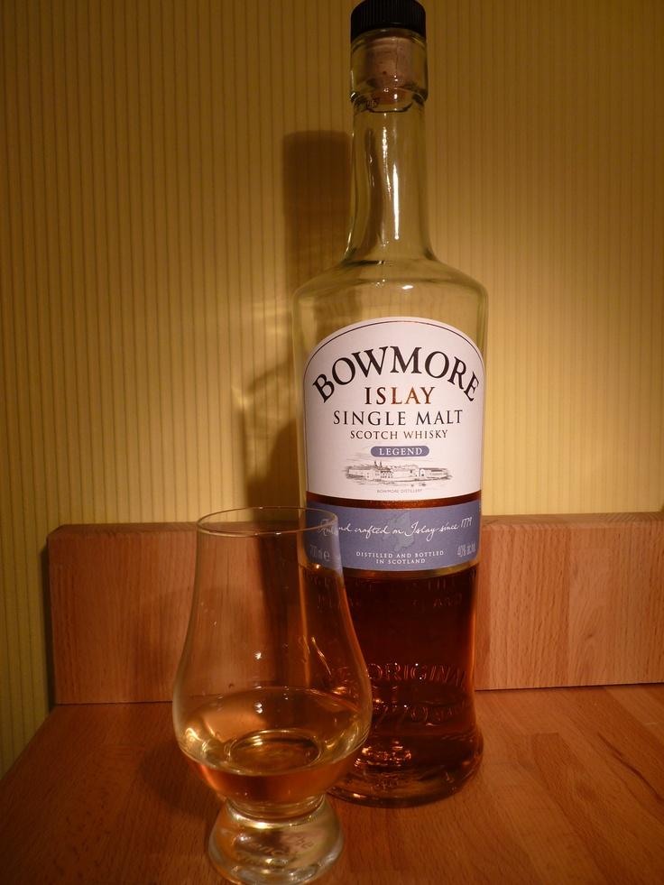 Bowmore-Legend-single-malt-scotch-whisky