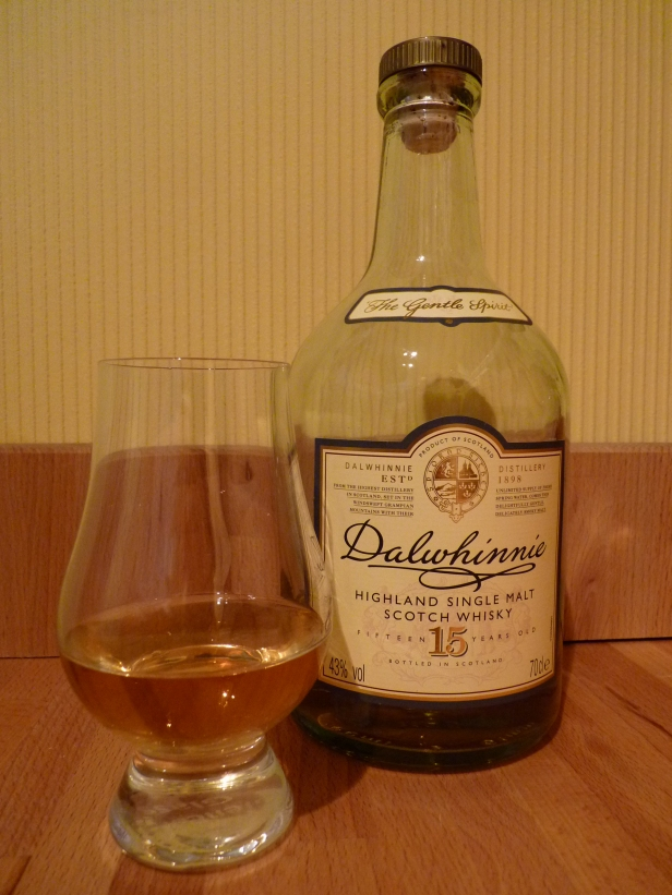Dalwhinnie-15-Years-Old-single-malt-scotch-whisky