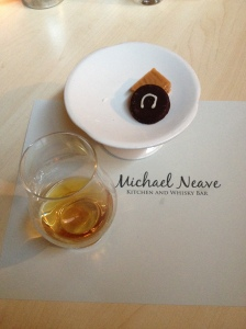 Glenmo Signet - Michael Neave
