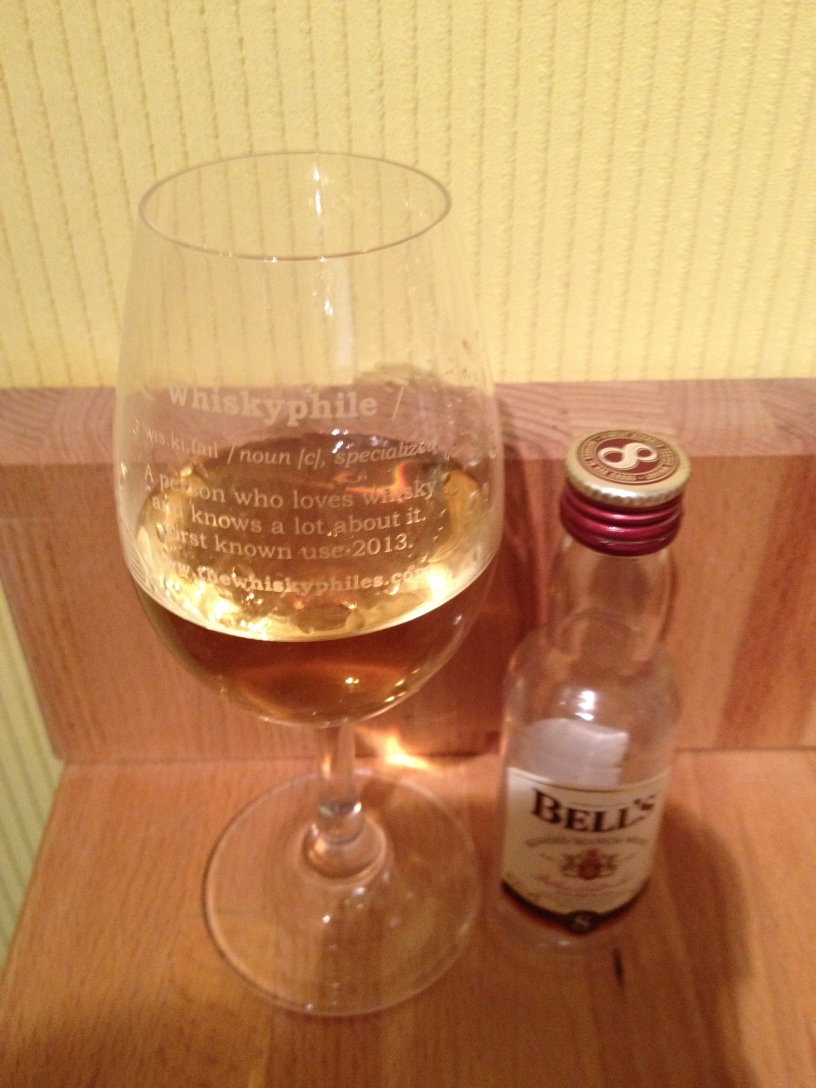 Bells-8-Years-Old-Blended-Scotch-Whisky