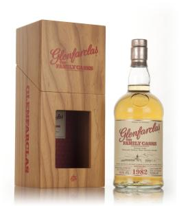 glenfarclas-1982-cask-2074-family-cask-winter-2015-release-whisky