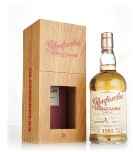 glenfarclas-1982-cask-2215-family-cask-spring-2017-release-whisky