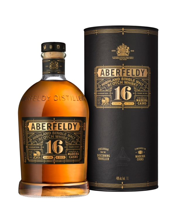 Aberfeldy 16 yo Madeira-Box & Bottle (on white)
