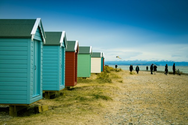 Findhorn Beach Huts - (C) Paul McMillan _ Moray Speyside Tourism