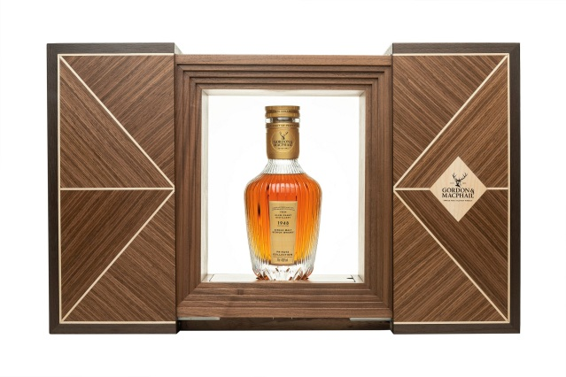 gordon & macphail 1948 from glen grant distillery (private collection) decanter and box