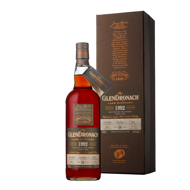 The GlenDronach 26 Years Old 1992 Port Pipe #5896 (49.3%, OB, Batch 17, 828 Bottles, 2019)